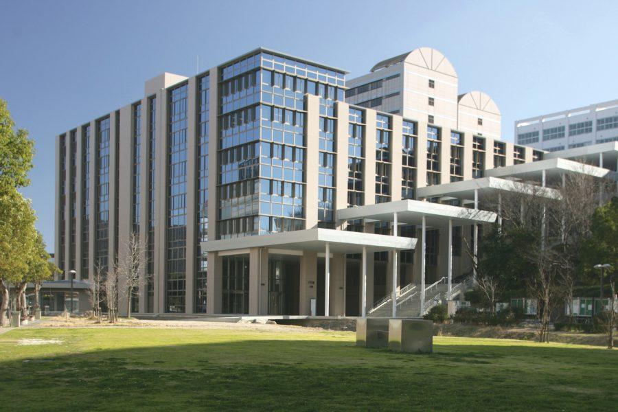 九州産業大学2号館