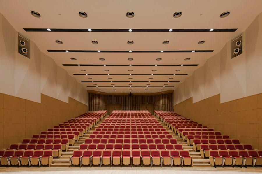 徳島文理大学新2号館 アカンサスホール
