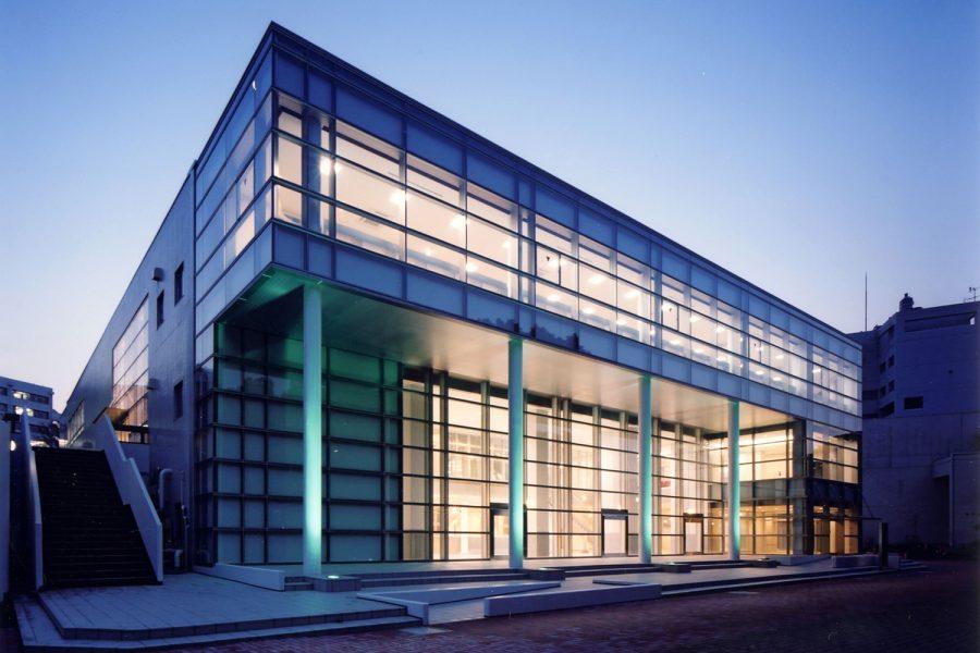 横浜国立大学中央図書館
